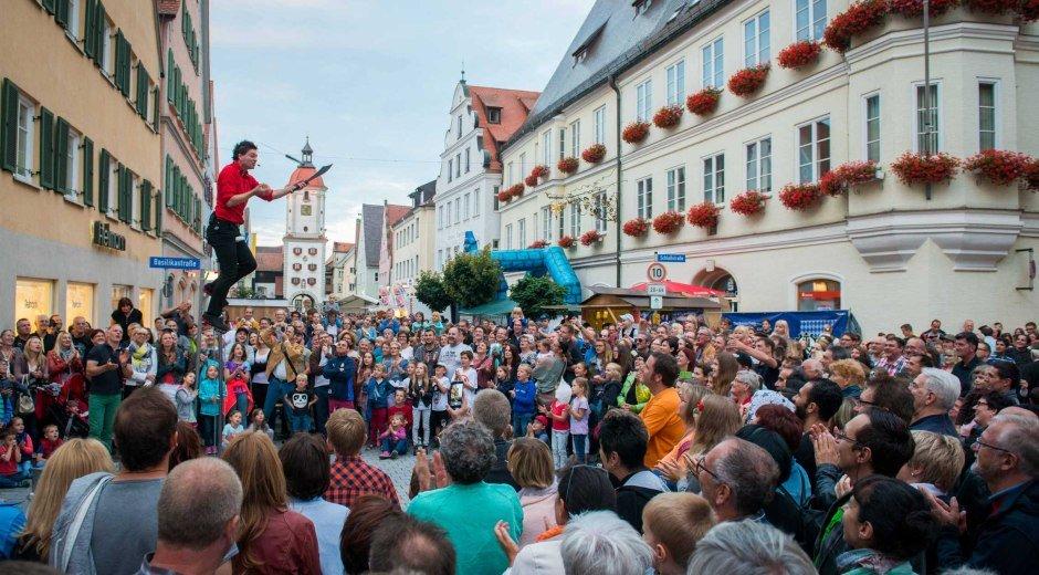 Dillingen Strassenkuenstlerfest © Jan Koenen