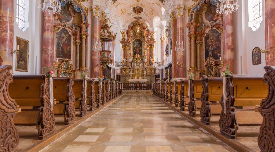 Innenansicht Frauenkirche © Foto: Philipp Röger für die Stadt Günzburg